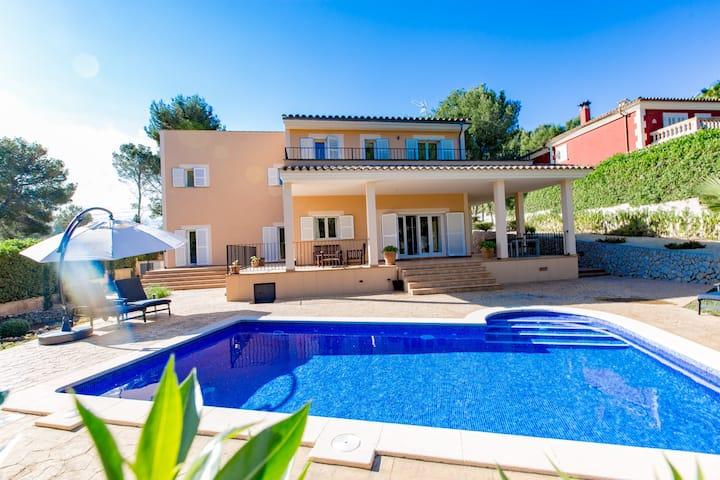 Luxus Villa Rondo für 8 Personen