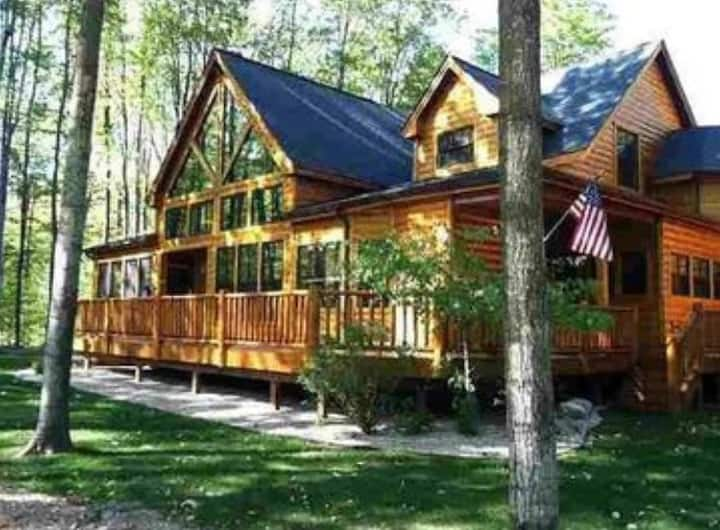 Lumberjack Lodge - Sleeps 20! Harbor Springs-