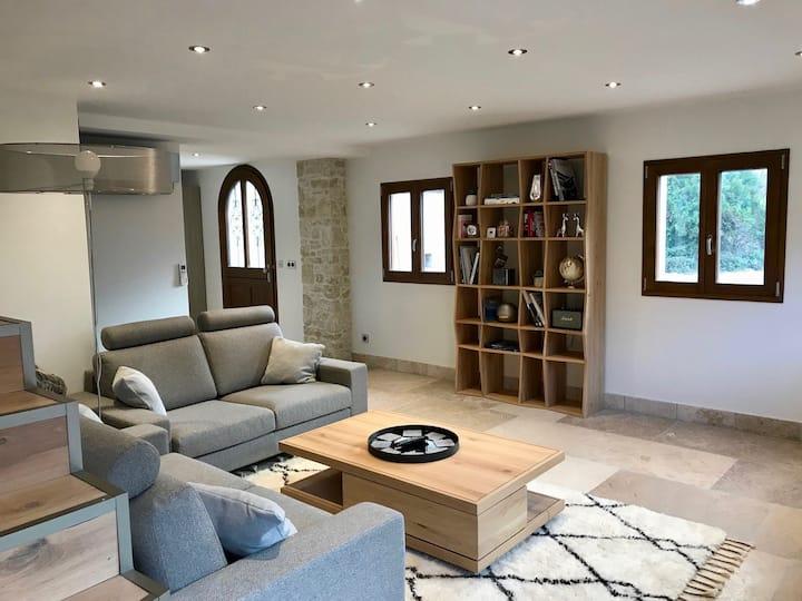 Villa à 200m du lac d'Annecy, terrasse et parking