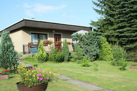 Small holiday home with large garden near the Czech border