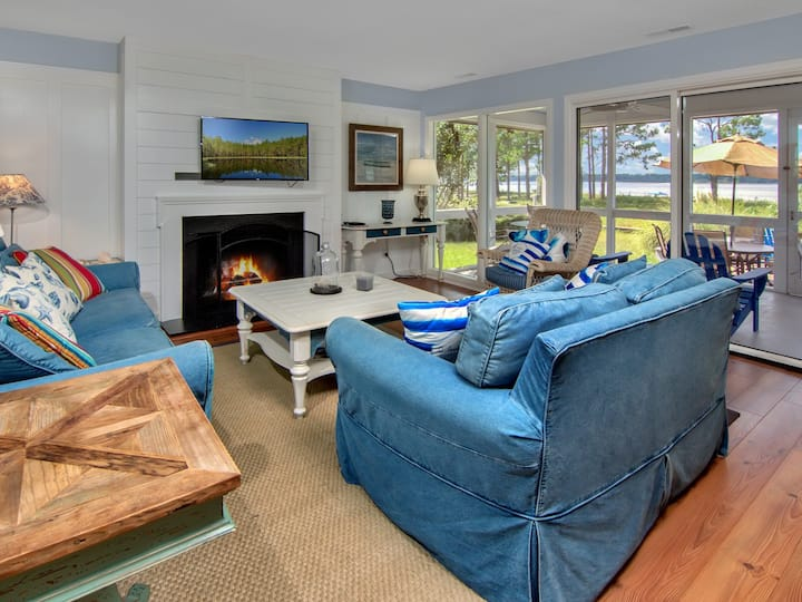 19 Lands End- Updated Vacation Villa with Spectacular Views!