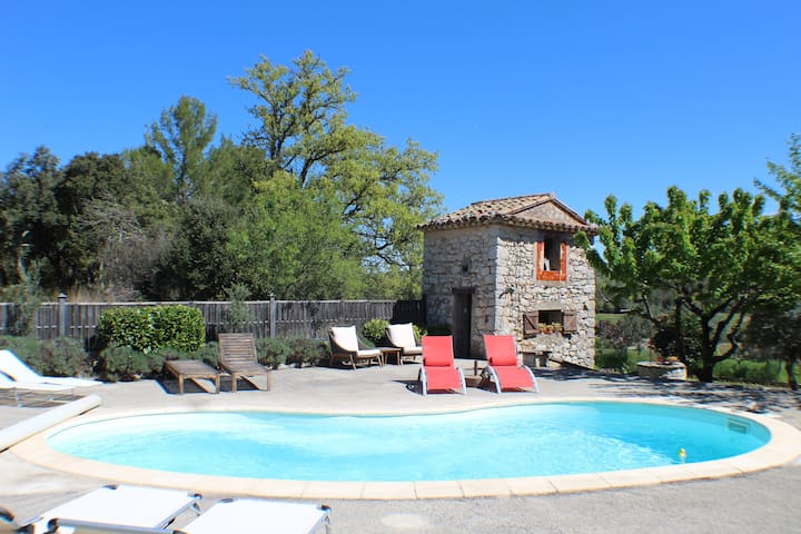 Pierre de Lune B&B Provence (Room 1 of 4)