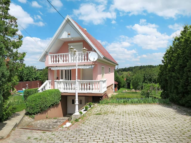 Holiday home in Sukoro