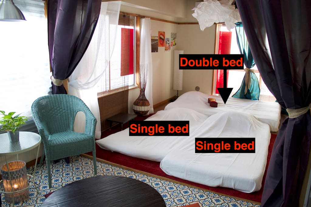 1 double bed (for 2 people) 2 single beds 4 people available