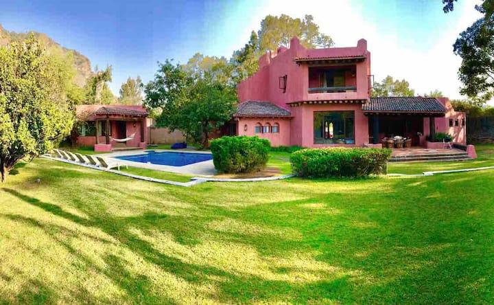 Gorgeous Tepoztlan Vacation Home