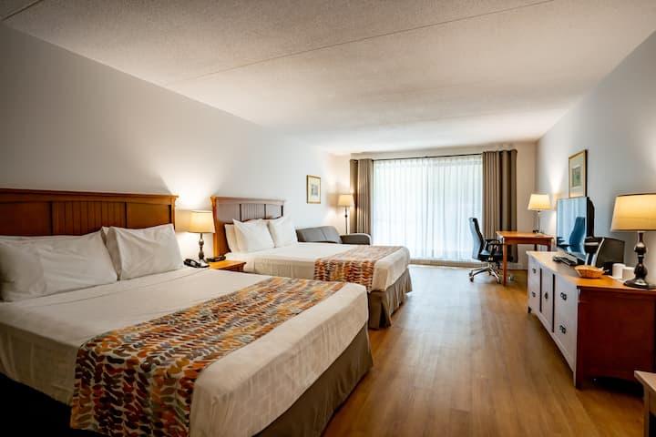 Chambre 2 lits + 1 sofa-lit - Accès piscine