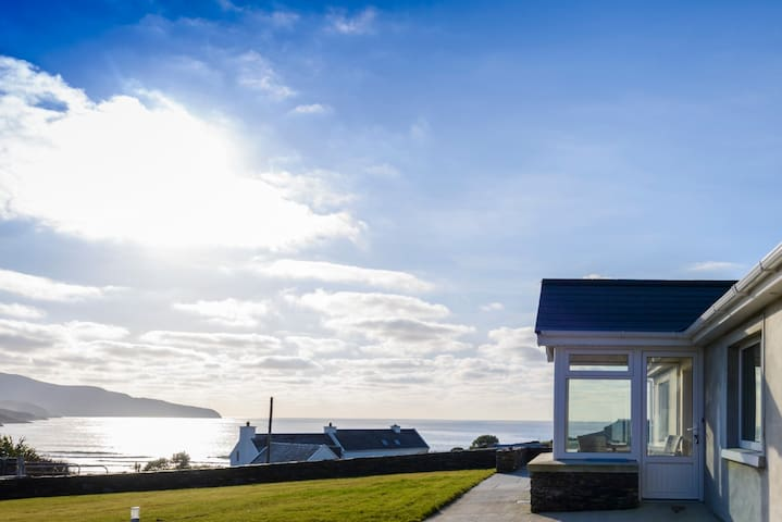 Skellig Waves House - No. 1 Sea View