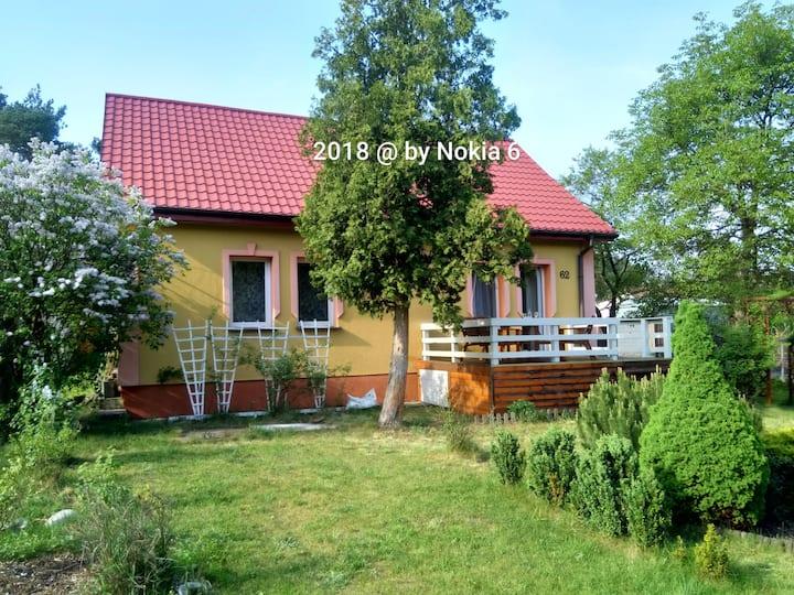 Dom z ogrodem 20 km od  centrum Krakowa,