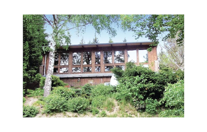 Awesome home in Güntersberge with Sauna and 2 Bedrooms