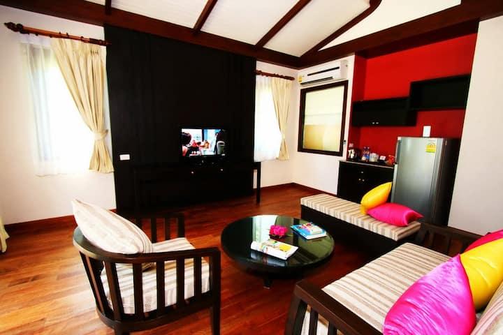Vibrant Villa at Krabi!