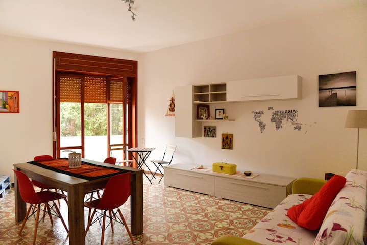 Great apartment 150meter from the sea of BaiaVerde