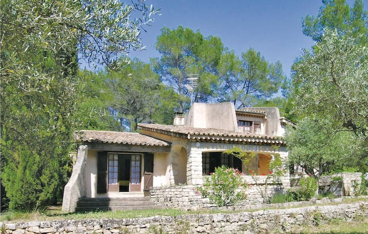 Holiday cottage with 3 bedrooms on 130m² in Draguignan