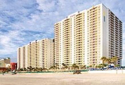 2 BD 2 BA Wyndham Ocean Walk, Daytona Beach FL - デイトナビーチ - 別荘