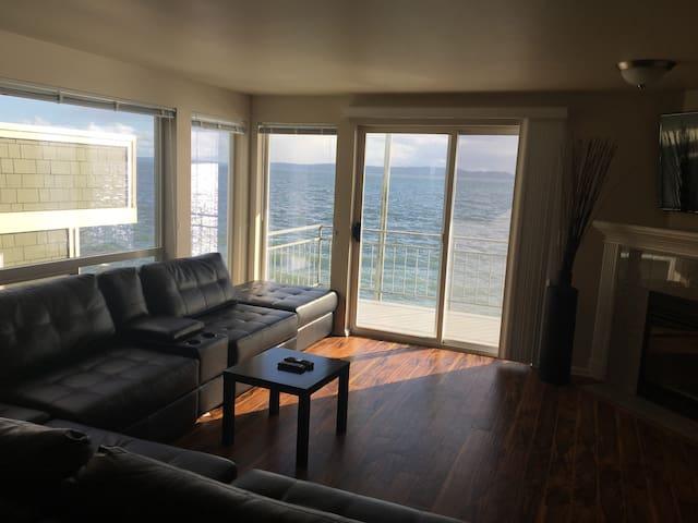 Alki Waterfront 2b/2b  condo - Seattle - Condominio