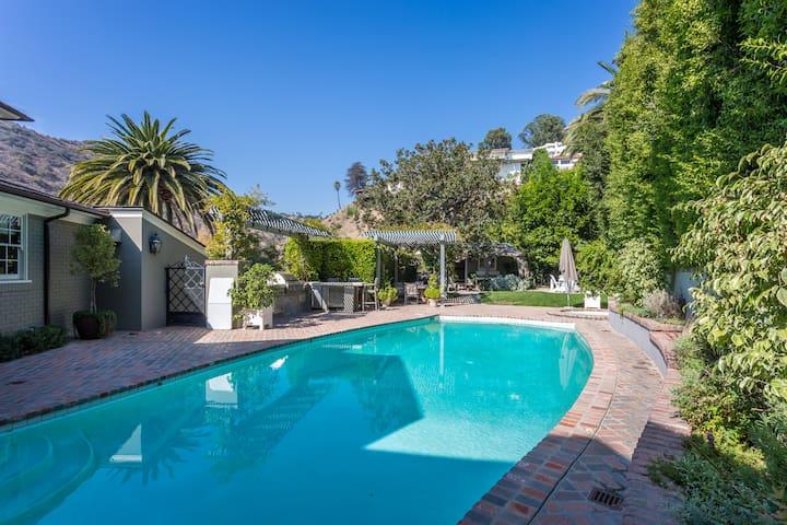 Hollywood Hills  2 La Presa House