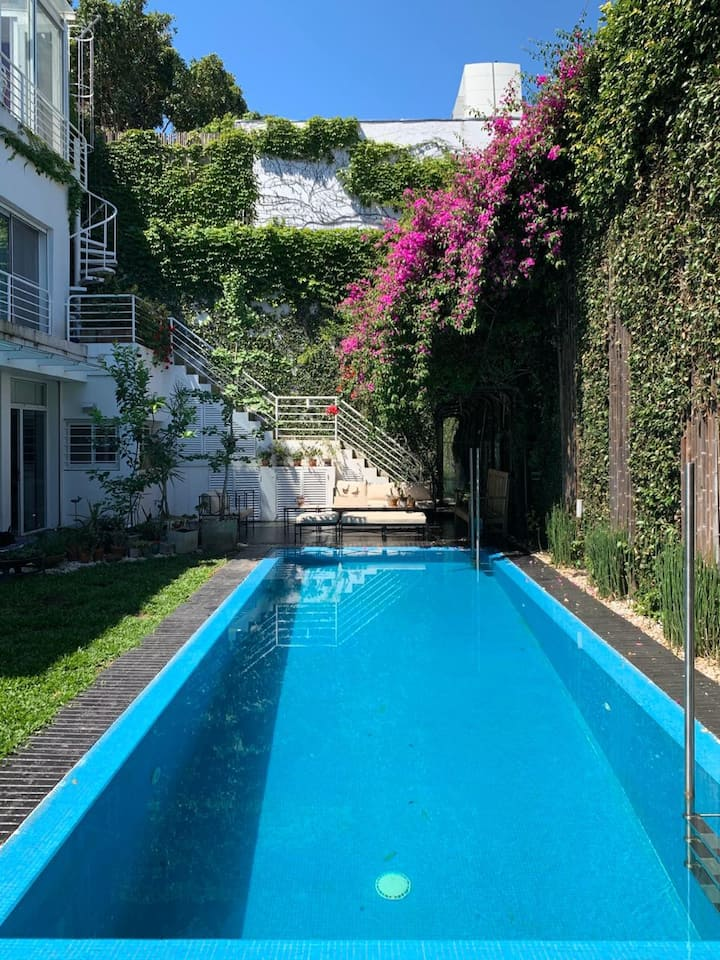 Beautiful house with Pool in the heart of Nuñez