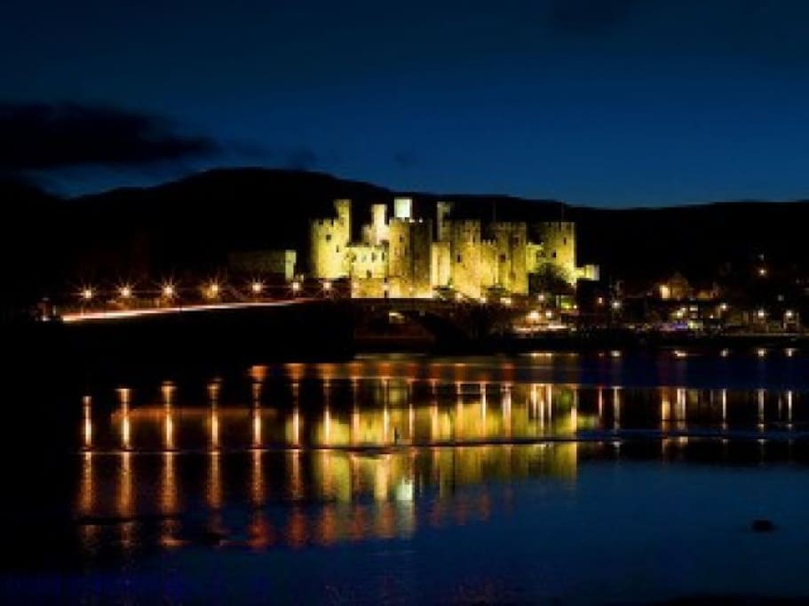 The medieval town of Conwy is 3km