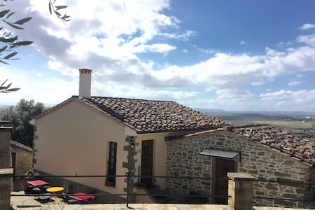 Camera tripla con vista sugli olivi - Castiglion Fiorentino - Bed & Breakfast