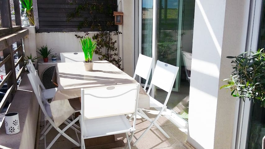 Agréable appartement T3 + terrasse - Mauguio - Flat