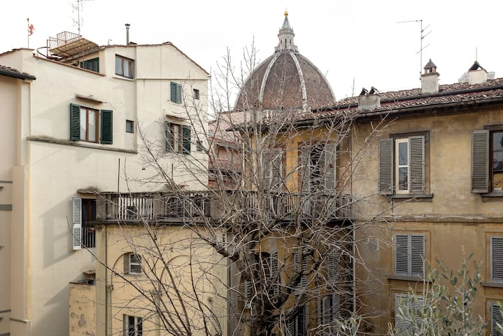✧Duomo✧ Lovely Apt with private Terrace