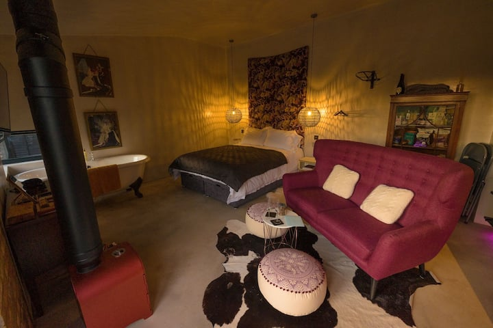 Bethnal&Bec, Luxury Retreat with Hot Tub (Bethnal)
