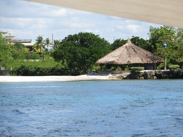 Clubhouse by the Beach (no rooms) - Lapu-Lapu City - Chata