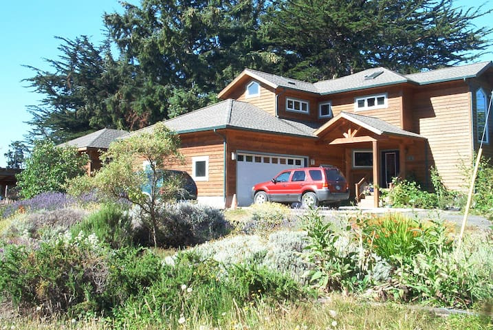 Cypress Knoll Cottage - furnished monthly rental