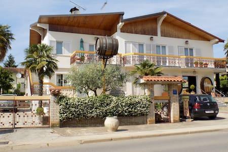 Apartment  Mario S-2