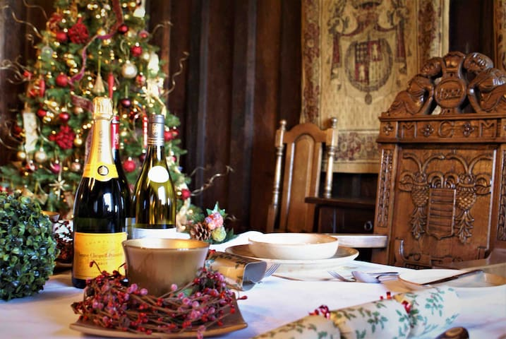 XMAS DINING EXPERIENCE ONLY FRM £45pp  ACCOM EXTRA