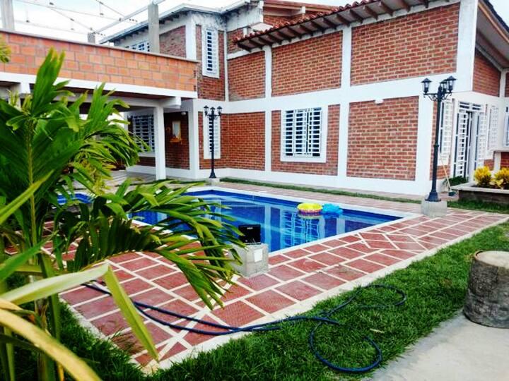 Casa campestre, cerca al municipio de Tuluá Valle