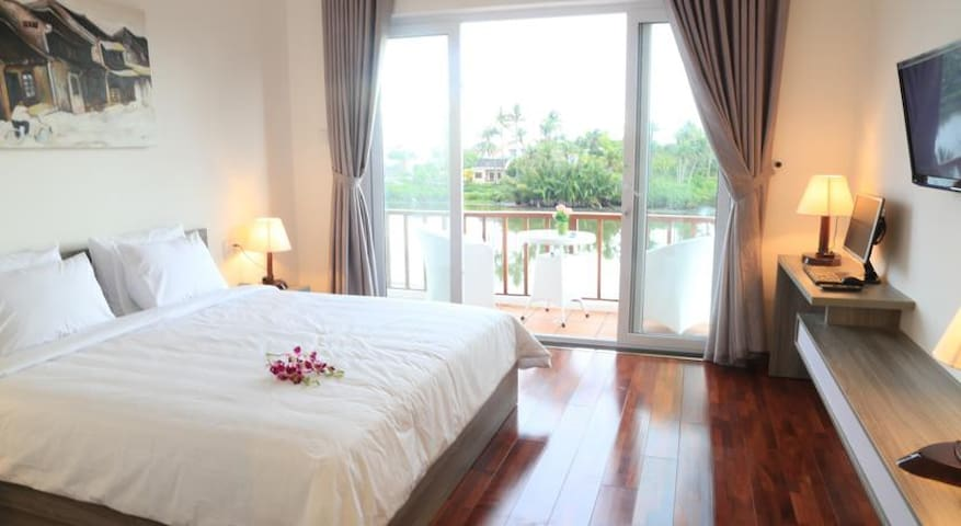 Deluxe Double River View - Hội An - Villa