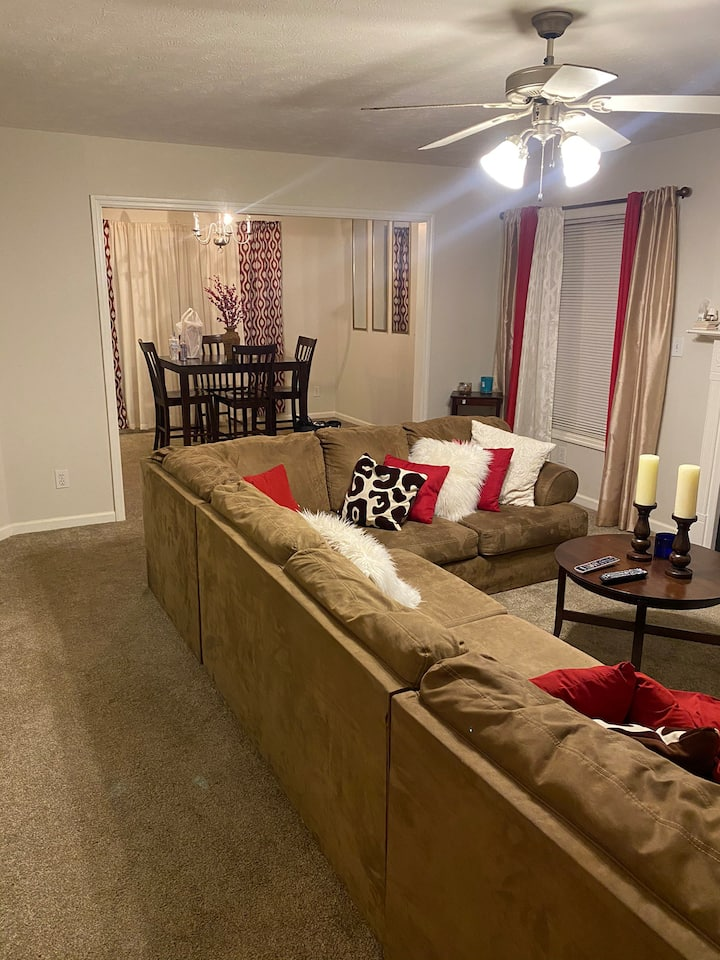 2 BR and Entertainment Rm