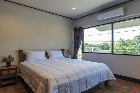 Single Room with One of The Best Mountain View - Mueang Chiang mai - 连栋住宅