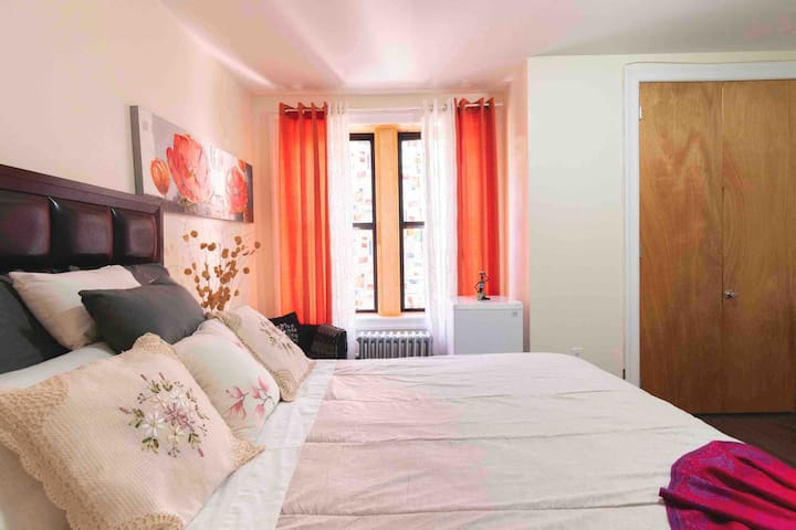 Sunny and Comfortable Room close to Manhattan!!!