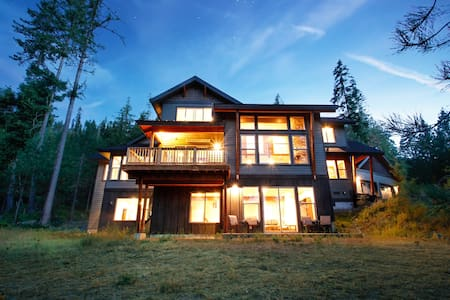 Stunning Mountain Lodge, amazing views! - Cle Elum - Casa