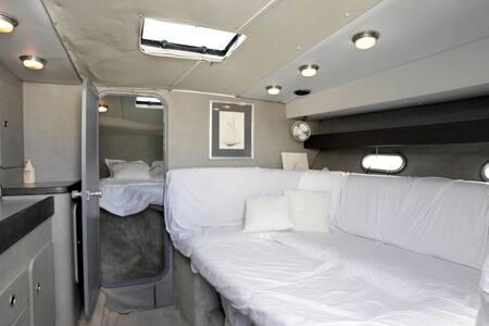 Speed Boat Sunseeker 36 feet 600 CH 10 people - Cannes - Boot