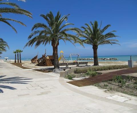 Casa mare di nonna, a stone's throw from the sea !