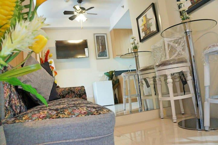 Worth the Price Condotel @MOA(pasay - Pasay - Apartamento