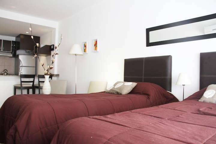 Estudio Twin, Arenales Suites