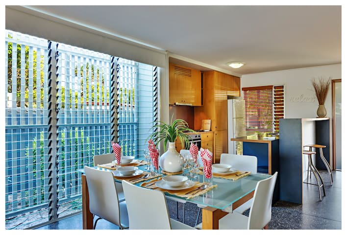 The Living space is fully air conditioned fully equipped kitchen lounge & dining Platinum Foxtel opening out to a private back deck overlooking the main lagoon