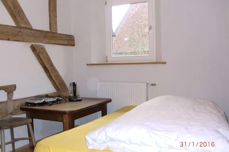 Schlafzimmer im Bauernhaus - Pinzberg