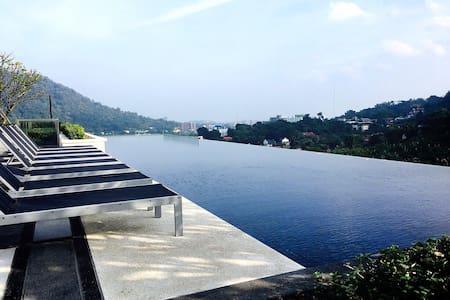 Newly! A Luxury Duplex room with nice Phuket View - Phuket - Wohnung