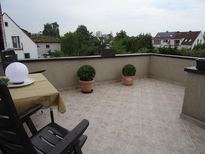 Wohnung ca.85 qm +17qm Terrasse, gepflegt+zentral.
