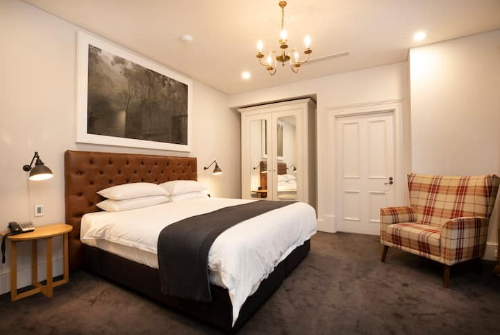 Norfolk Room - The Crafers Hotel -Access Friendly