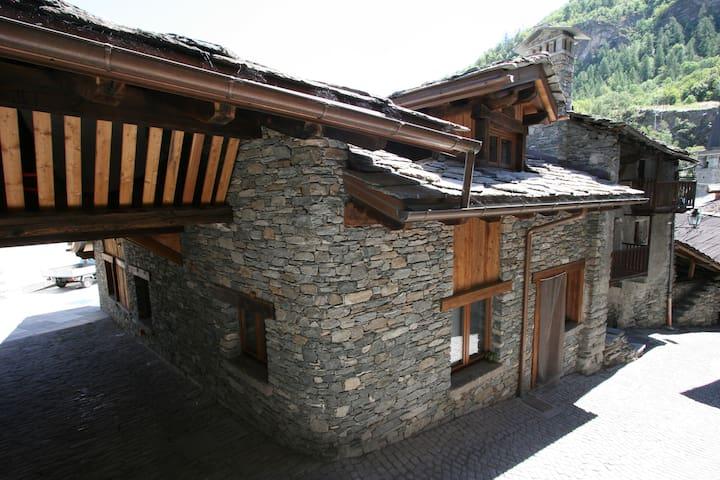 Chez Luboz _ Chamin Apartment
