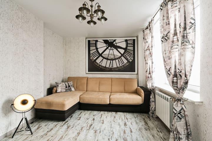 Уютная дизайнерская квартира - Ostrovtsy - Apartment