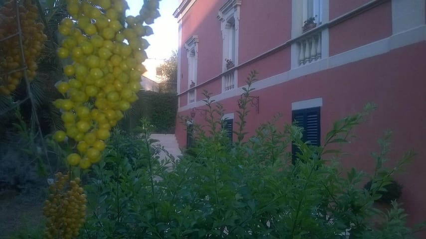 Appartamento in villa d'epoca nel Salento! - Casarano - Apartament