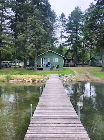 Classic Waterfront Cabin on Lower Bottle Lake