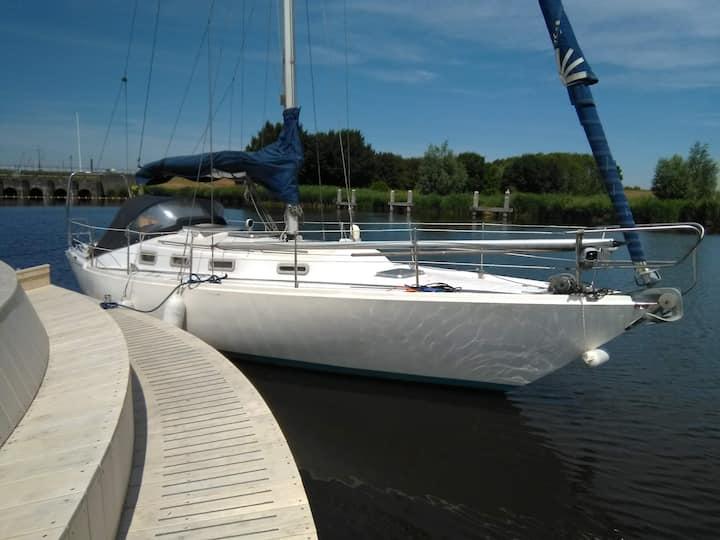 Slapen in een boot op het meer, keuze uit 7 havens