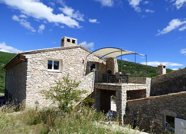 Villa with 4 bedrooms in Simaine La Rotonde, with shared pool, furnished garden and WiFi